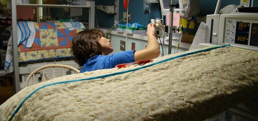 Holidays in the Hospital: 8 Ways You Can Help
