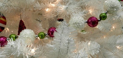 7 Ways to Manage Chronic Pain or Illness During the Holidays