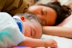 Newborn Cosleeping in Parents Bed