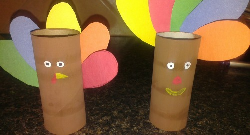Diy toilet paper roll turkey craft idea for Toilet paper roll crafts thanksgiving