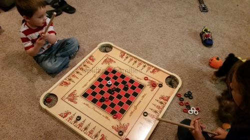 14 Family Friendly Games to Play on National UnPlug Night  #UnPlugwithCarrom