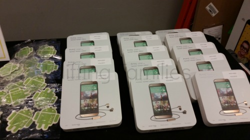 Sprint Dallas Event HTC One M8 Hardon Kardon