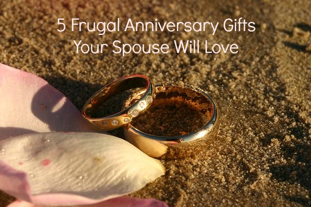 5 Frugal Anniversary Gifts Your Spouse Will Love